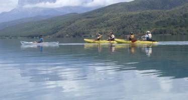 Travesía por los embalses de El Grado y Mediano en Kayak