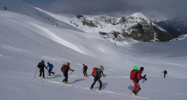 III Encuentro Pirenaico de Esquí de montaña en el Refugio de Cap de Llauset