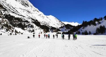 Curso de esquí nórdico en Llanos del Hospital de Benasque