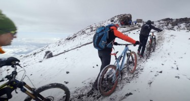 MOUNTAIN BIKE EN EL KILIMANJARO (YMQEC-18)
